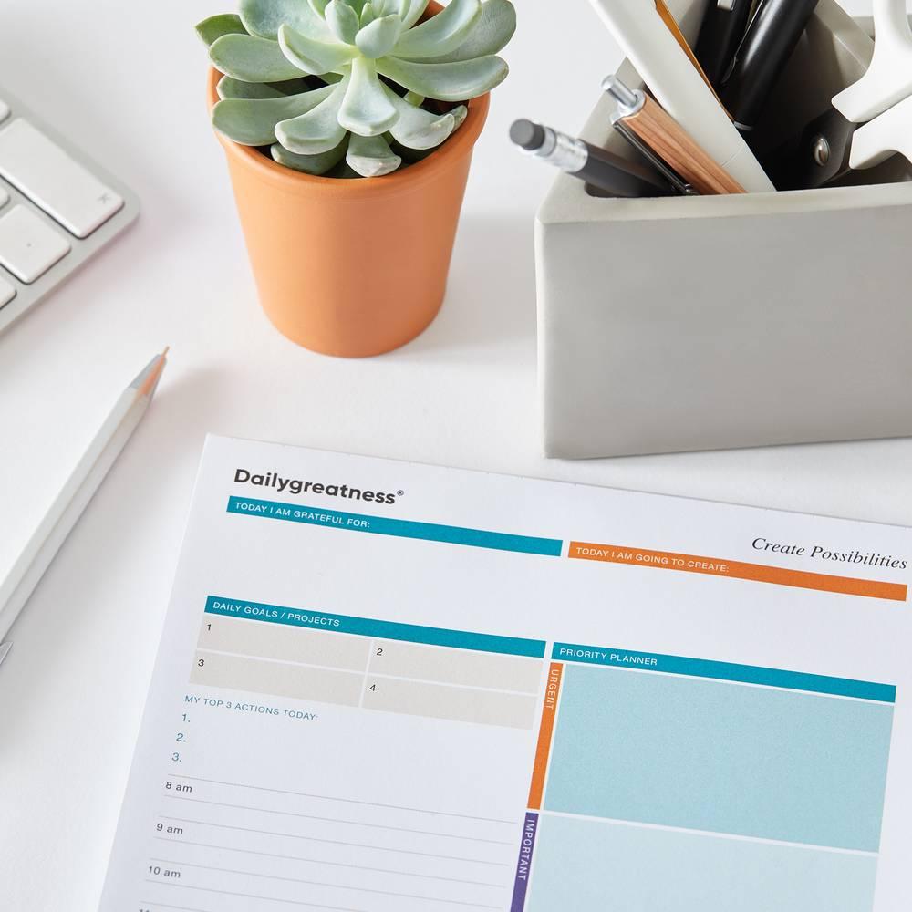 Dailygreatness Desk Pad